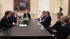 macri recibio a bordet y a otros gobernadores para discutir el acuerdo con el fmi
