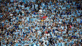 Doce chicos serán abanderados de Argentina en Rusia gracias a la promo Coca-Cola Viaja al Mundial