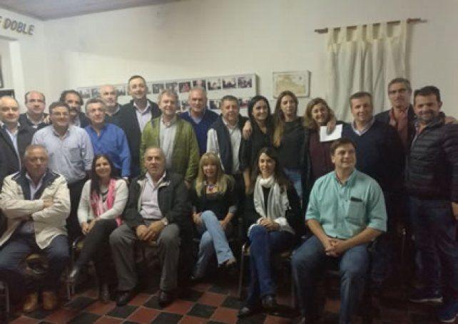 Dirigentes provinciales de Cambiemos salieron en respaldo del presidente Macri