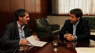 El subsecretario de Relaciones con Provincias, Paulino Caballero, en representación del Ministerio del Interior, se reunió esta lunes con el ministro de Economía, Hacienda y Finanzas de Entre Ríos, Hugo Ballay,