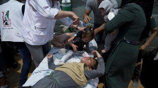 Dolor. Al menos 1.200 personas resultaron heridas por fuego israelí durante la jornada de ayer
