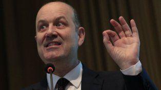 Sturzenegger: El mercado nos está diciendo que no confía en nuestra política monetaria