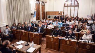 Esta reunión surge como respuesta a la inquietud de muchos paranaenses y por eso es necesario el debate
