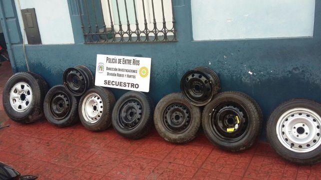 Gomeros. Los ladrones salían de noche a buscar las ruedas para luego comercializarlas.