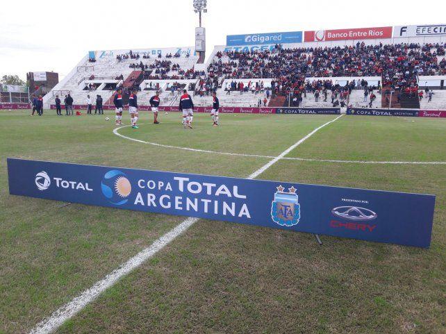 Unión sigue en la Copa Argentina, dejó en el camino a Juventud Unida