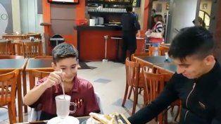 Octavio Ibarra desayuno con sus ídolos del Patrón