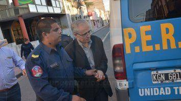Con la tobillera eléctrica.Tras la condena, Ilarraz fue llevado hasta el edificio de calle Corrientes, en Paraná.