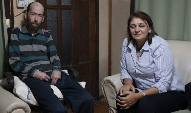 Amigos. Fabián Tomasi recibió a Estela Lemes en su casa de Basavilbaso: comparten una historia común.