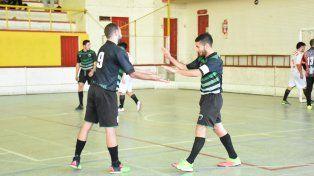 Por paliza. José Hernández aplastó a Paraná B al golearlo por 11 a 1. JH sueña con avanzar directo a semifinales.