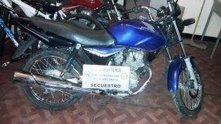 Recuperada. La moto fue hallada en poder de un menor en calle Tacuarí