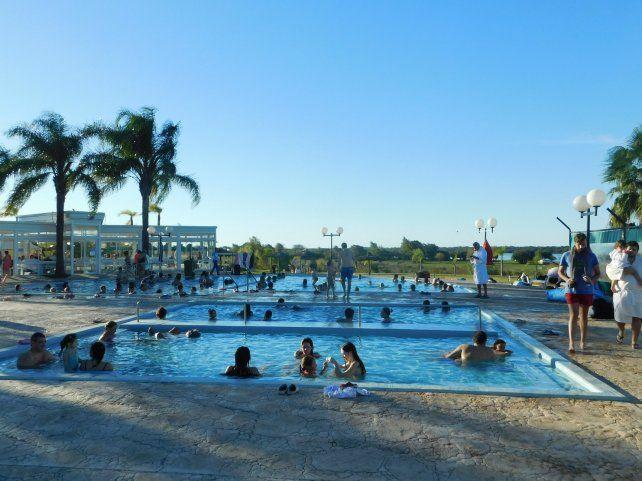 Relax. Los complejos con piscinas de agua caliente estuvieron repletos y son el principal producto elegido.