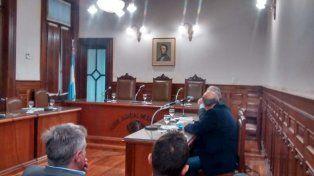 Los abogados defensores de Varisco en el juzgado federal.