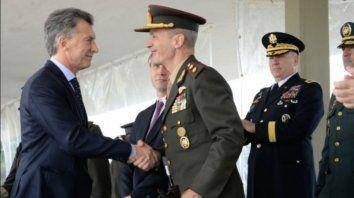 macri dijo que las fuerzas armadas deben dar apoyo logistico a las fuerzas de seguridad