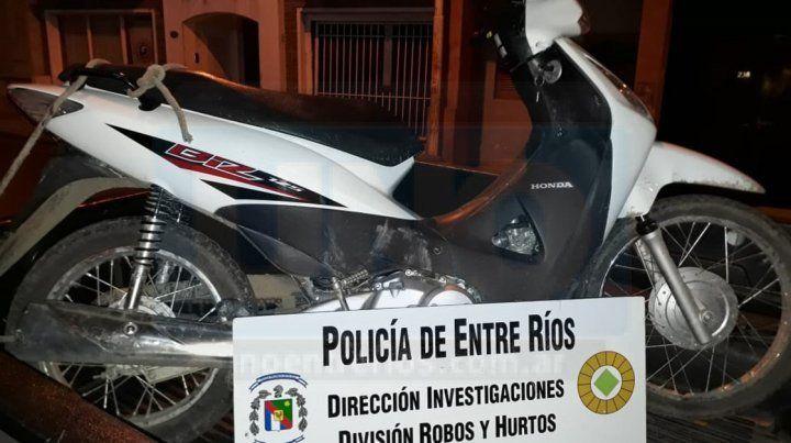 Recuperada. La moto sustraída a una mujer fue hallada abandonada.