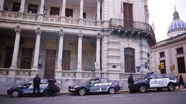 Mientras Varisco declaraba en la causa por narcotráfico, la Policía Federal allanaba dependencias municipales