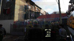 Gran susto. Las viviendas fueron evacuadas en el barrio Jardines del Sur.