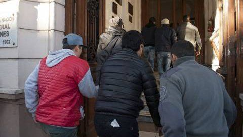 Silencio absoluto. Los Celis y sus allegados se abstuvieron de declarar ante el juez. Foto: Análisis Digital.
