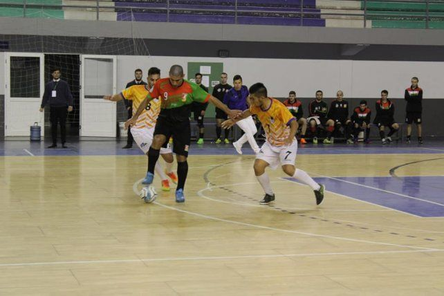 Paraná es semifinalista del Argentino B de Futsal