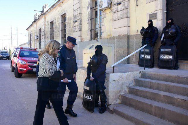 El parte oficial de lo ocurrido en el penal de Victoria donde tres presos murieron y cuatro resultaron heridos