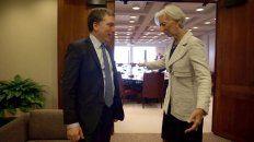 La directora Gerente del Fondo Monetario, Christine Lagarde, felicitó al Gobierno por haber logrado un acuerdo. Dujovne luego habló ante la prensa.