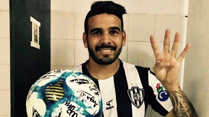 Diego Jara sacó a relucir su capacidad goleadora en Central Córdoba de Santiago del Estero.
