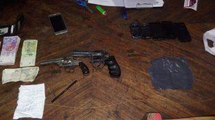 Fueron a buscar armas y encontraron un kiosco de narcomenudeo