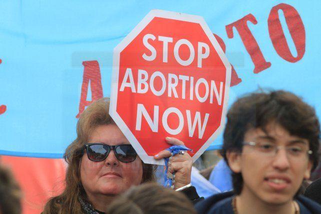 A tres días del debate en Diputados por la Ley del Aborto legal, Paraná marchó por las dos vidas