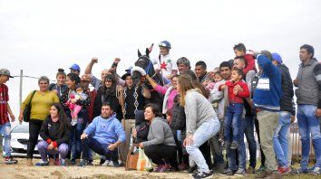 La familia. El turf es un deporte que junta a toda una familia, que ama y vive por los caballos.
