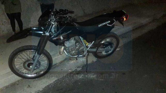 Trágico choque. El motociclista sufrió graves lesiones que determinaron su deceso.