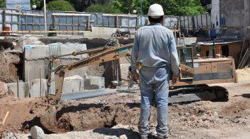 La crisis. En el país se estima que están en juego unos 430.000 puestos formales y directos en el sector.