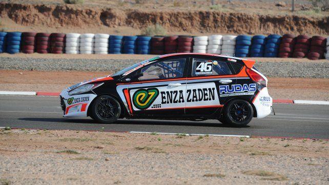 El concordiense Gabriel Scordia clasificará hoy en la Histórica con su Ford Fiesta Kinetic.