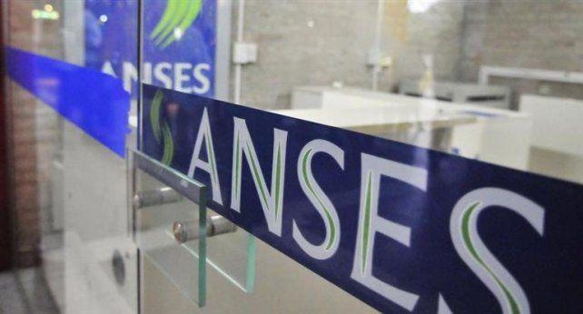 Anses convoca a jubilados para informar sobre la reparación histórica