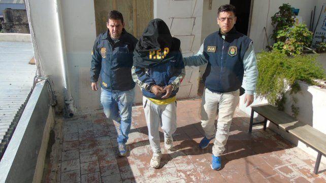 Arrestado. Homicidios logró la aprehensión de los sospechosos en calle Don Segundo Sombra de Paraná.