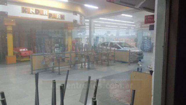 Incendio: Desde el hipermercado anunciaron que en pocas horas estará habilitado al público