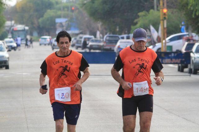 En el Día de la Bandera las calles de San Agustín se llenaron de corredores