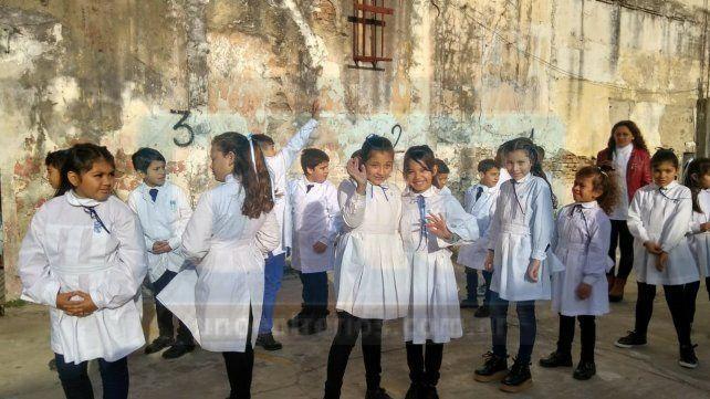 Festejos en la escuela 25 de Mayo de Paraná