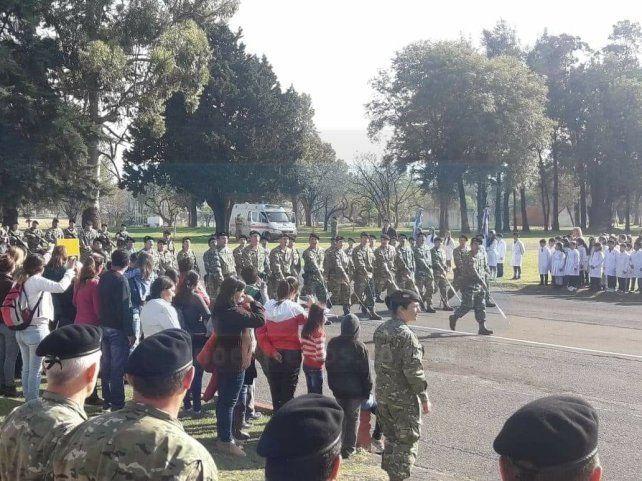 <b>Juraron la bandera. </b>Desfile de los soldados en el acto ceremonial&amp;nbsp;
