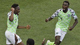 Nigeria se ubica en puestos de clasificación.
