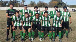 Los once que salieron a la cancha para disputar la segunda fecha de la Copa Entre Ríos ante Atlético Lucas González. Foto Gentileza Mundo Verde Deportivo