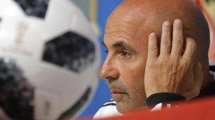 El entrenador Jorge Sampaoli va por la primera victoria