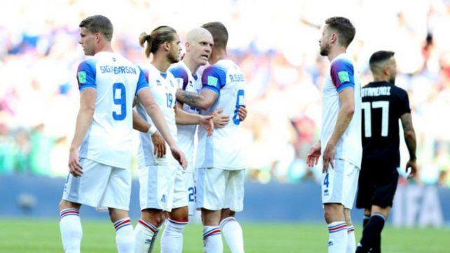 Islandia está tercera en el Grupo con un punto. Croacia tiene 6 y está primera y clasificada.