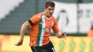 Sperdutti tiene un año más de contrato en Banfield.