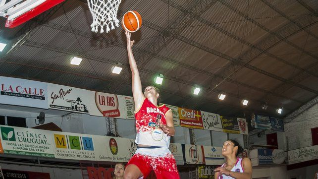 Rocamora sigue a paso firme en la Liga Femenina