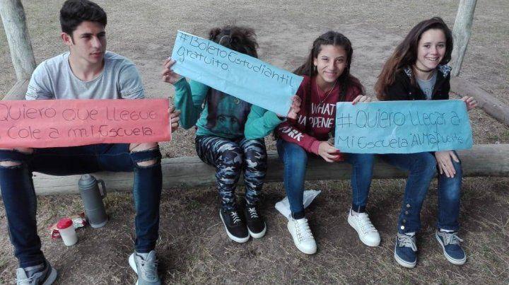 Pedido. Los estudiantes expresaron en las redes sociales su necesidad de contar con un transporte.
