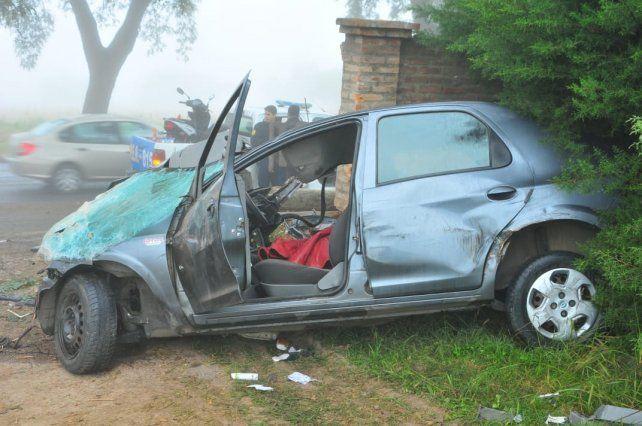 El auto chocó con una camioneta y las primeras versiones indican que los dos vehículos ingresaban a Paraná