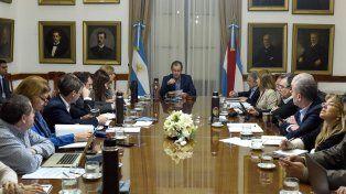 Gabinete. Bordet junto con su equipo de ministros repasó proyectos en estudio y los objetivos a corto plazo.