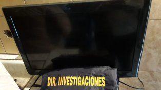 Fueron a buscar un TV robado y encontraron un kiosco de drogas