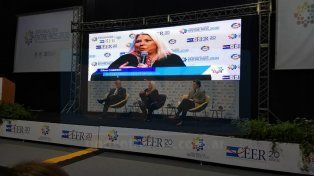 Elisa Carrió diserta en el marco del XIII Foro Anual Entre Ríos 2030 del CEER, en Paraná