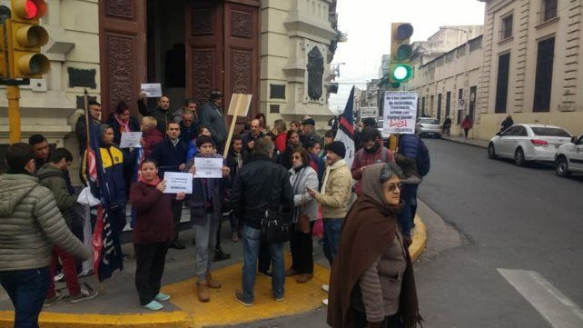 Vecinos vuelven a movilizarse este martes en rechazo de los nuevos recorridos de los colectivos