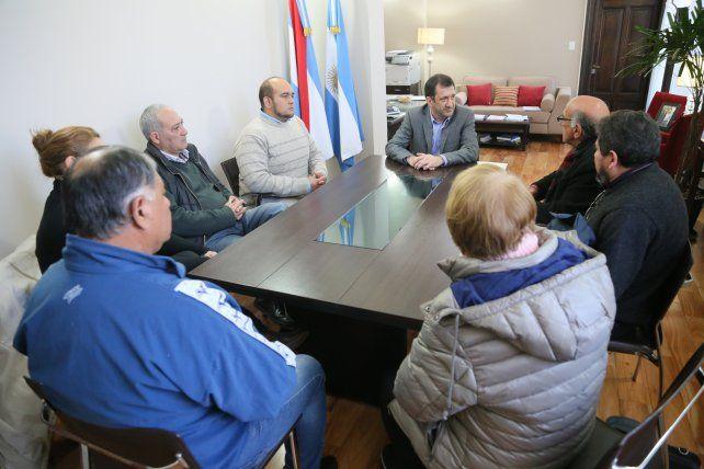 Consenso. Las funcionarios políticos de Bordet trabajan en la generación de acuerdos sobre el proyecto de ley.